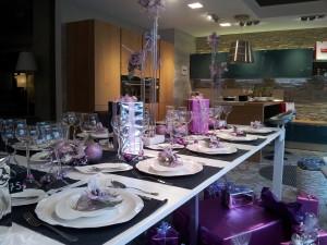 La tavola di Natale argento e lilla di Domus arredi Lissone
