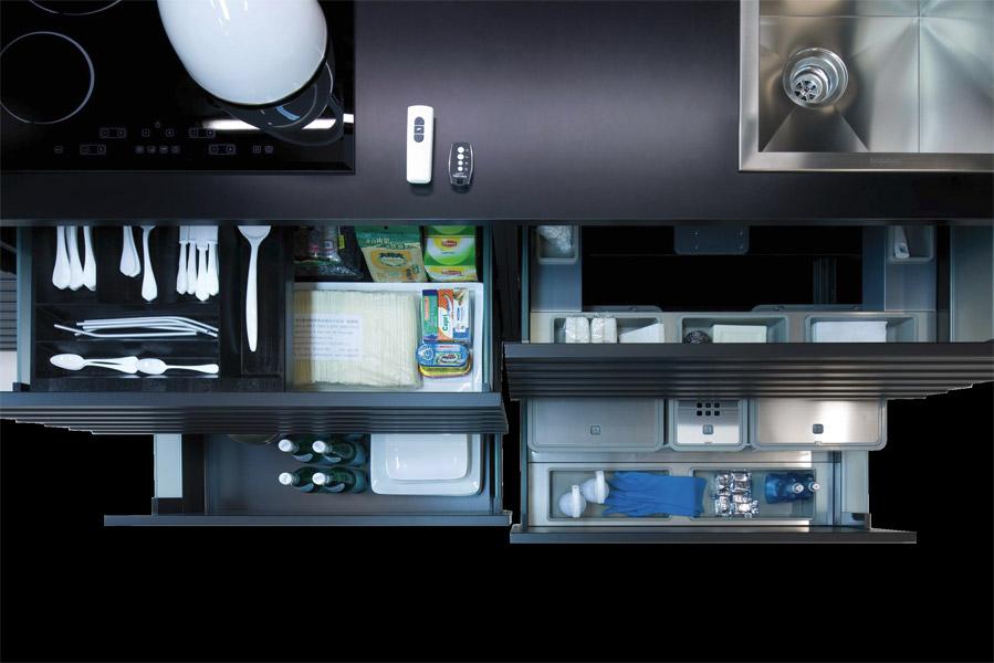 Ecocompatta di veneta cucine compasso d 39 oro non solo for Accessori di cucina