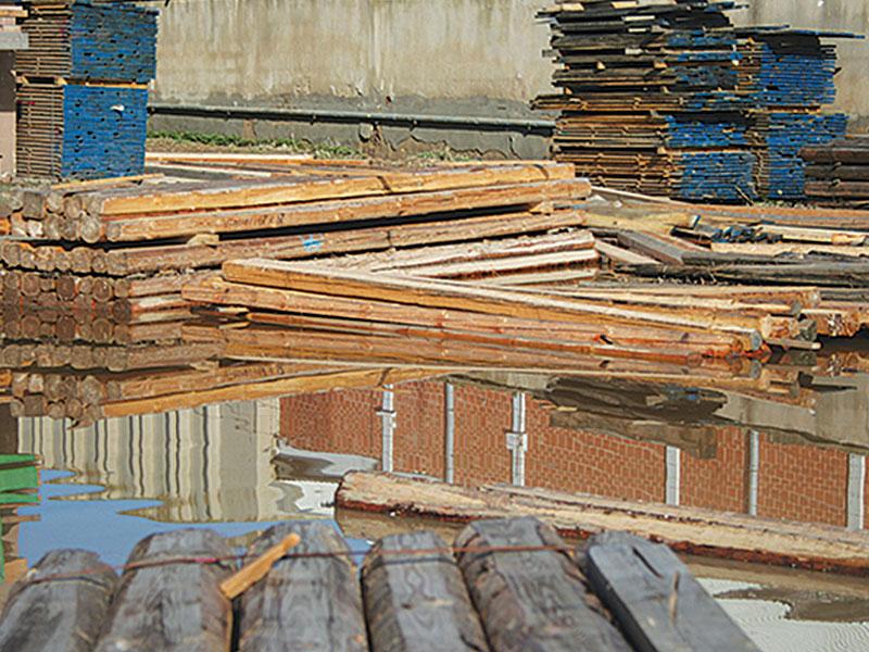 flood legno alluvionato