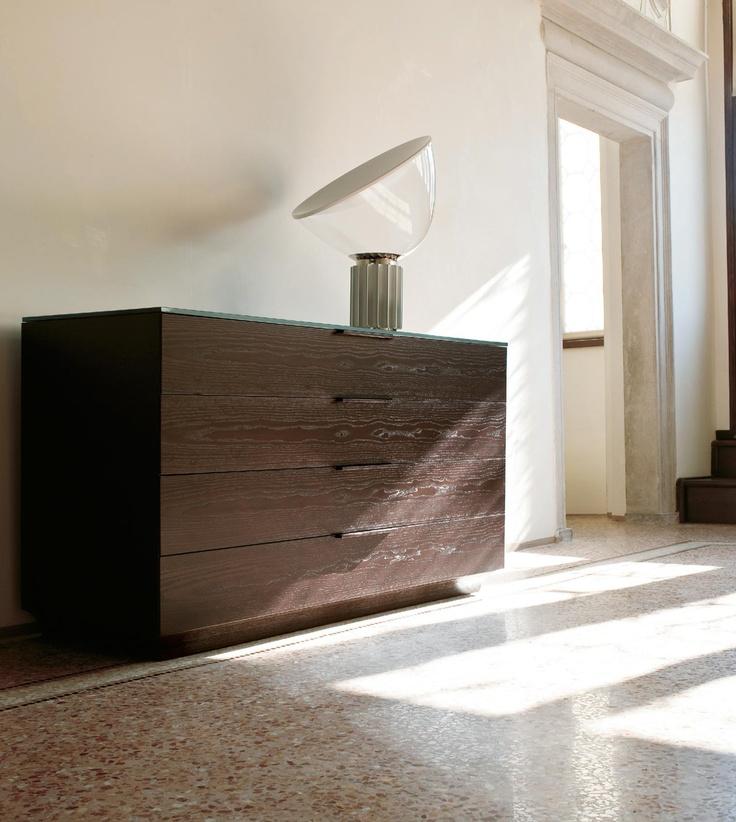Armadio profumato nella camera da letto non solo mobili - Cassettiere camera da letto ...