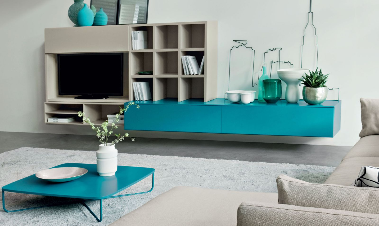 Idee per un soggiorno moderno con libreria e porta tv for Idee di arredamento moderno