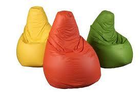 Idee regalo originali la poltrona colorata e il materassino super comfort non solo mobili - Poltrone sacco ikea ...