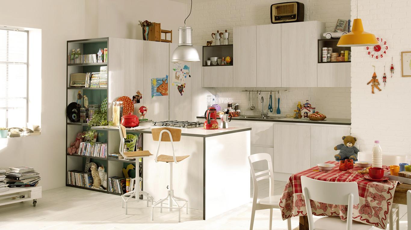 Idee per una cucina moderna con veneta cucine non solo mobili cucina soggiorno e camera - Idee mobili cucina ...