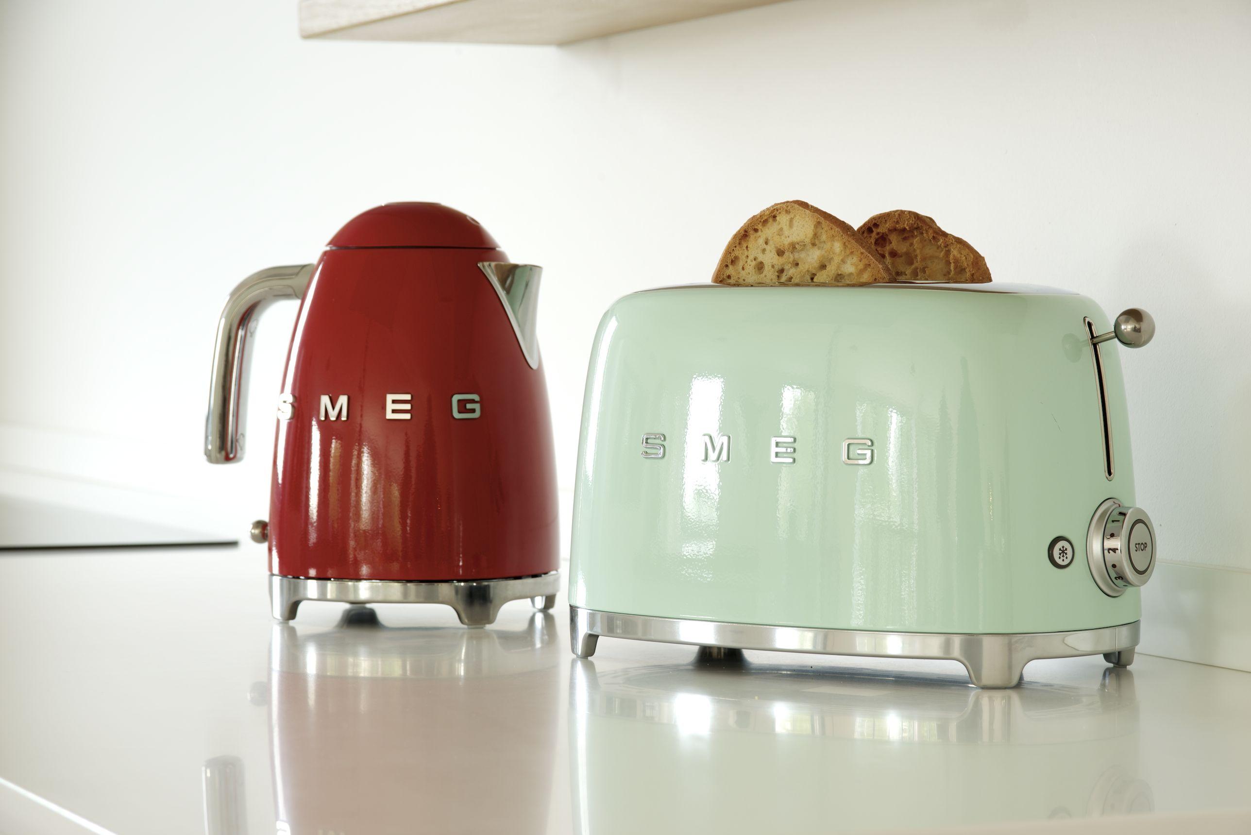 SMEG ANNI \'50 ALLEGRIA IN CUCINA - Non solo Mobili: cucina ...
