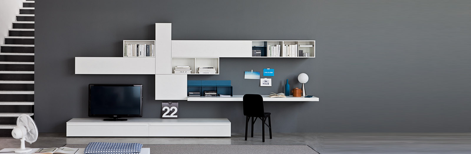 soggiorno componibile con scrivania