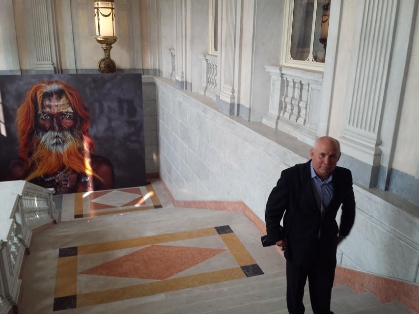 mostra fotografica di steve mccurry alla villa reale di monza