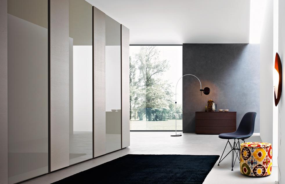 armadio scorrevole Mixò laccato opaco oppure lucido e vetro