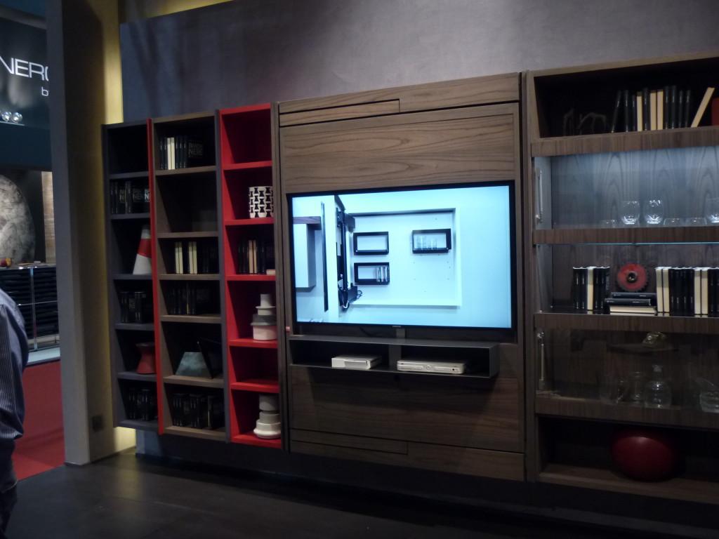 pannello porta tv orientabile legno contenitore