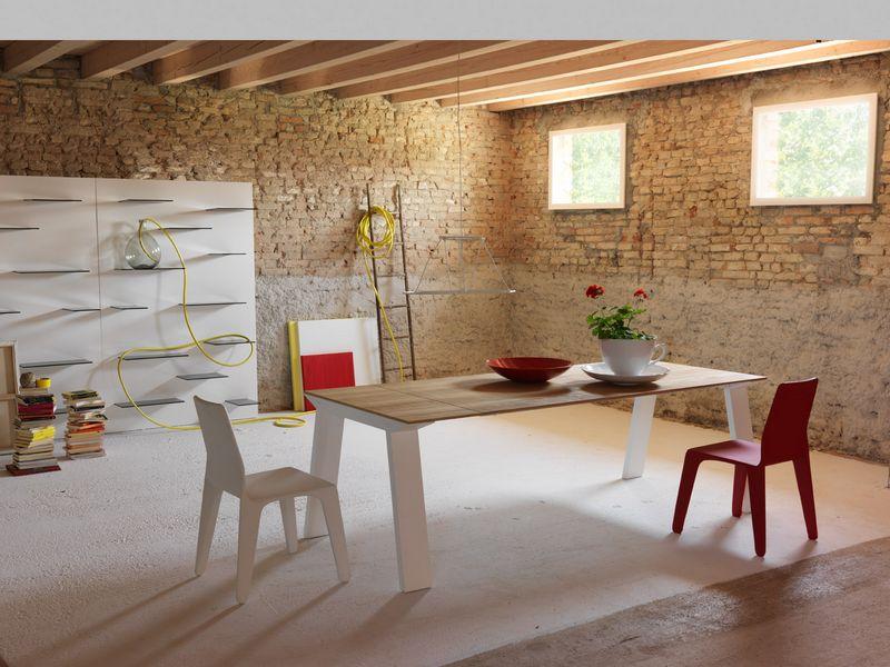 tavolo da pranzo artù Miniforms piano in legno e gambe acciaio verniciato bianco