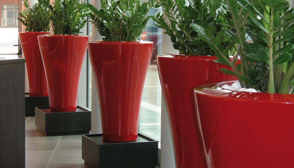 vaso da esterno Ming by Serralunga in polietilene