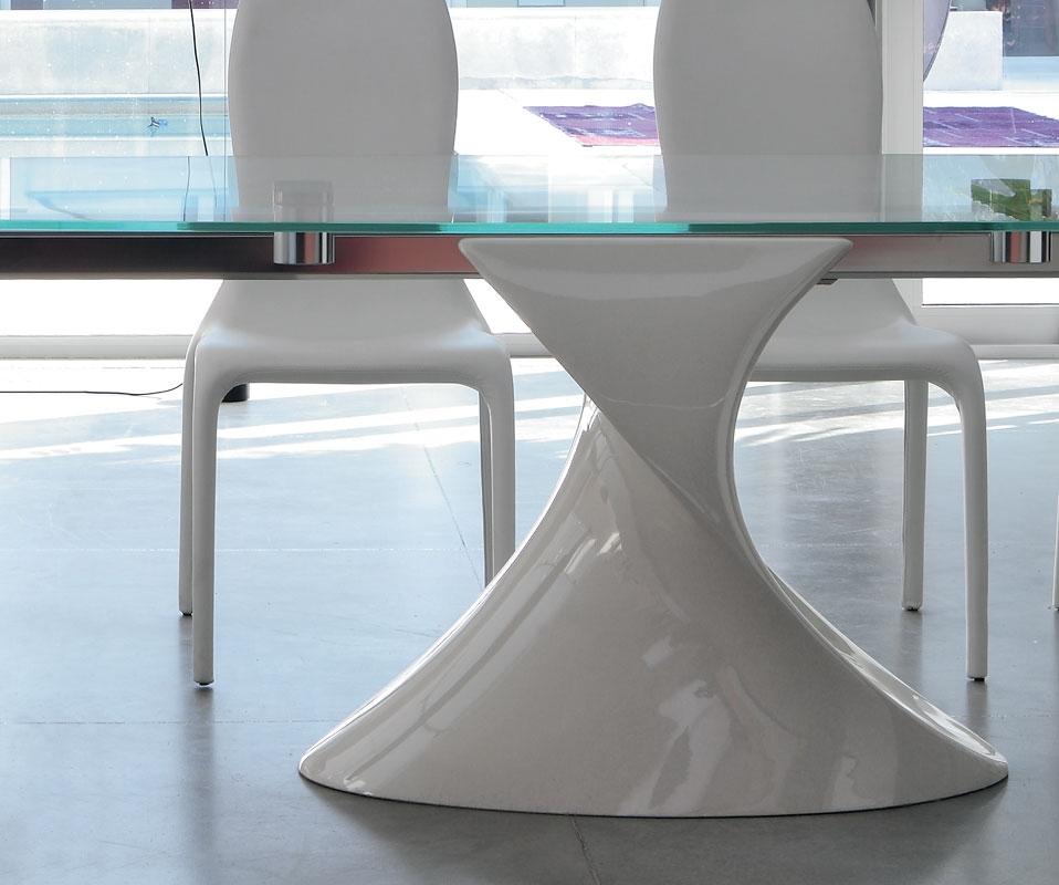 tavolo shangai per living piano vetro e base colorata