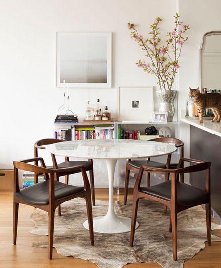 tavolo rotondo Tulip piano in marmo