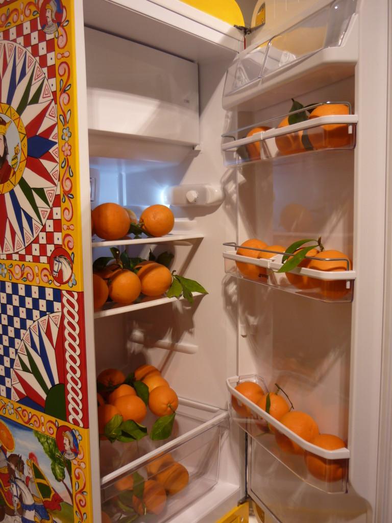 frigorifero opera d'arte dolce e gabbana