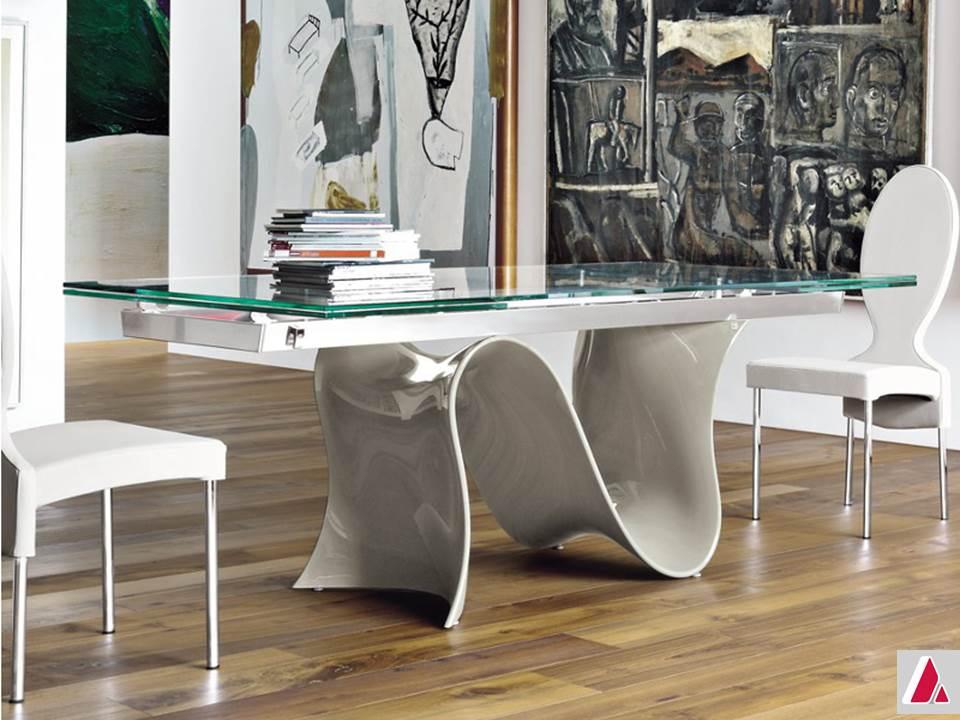 tavolo wave tonin casa base lucida e piano vetro
