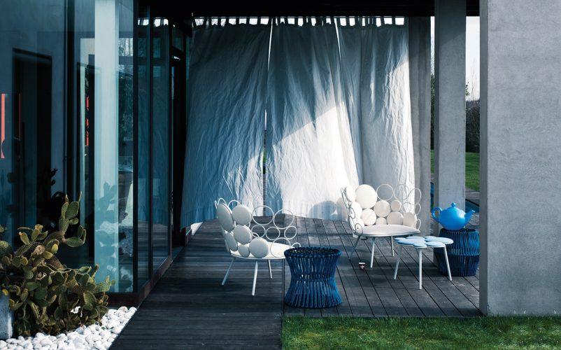 grace divano poltrone e tavolino per l'esterno Saba