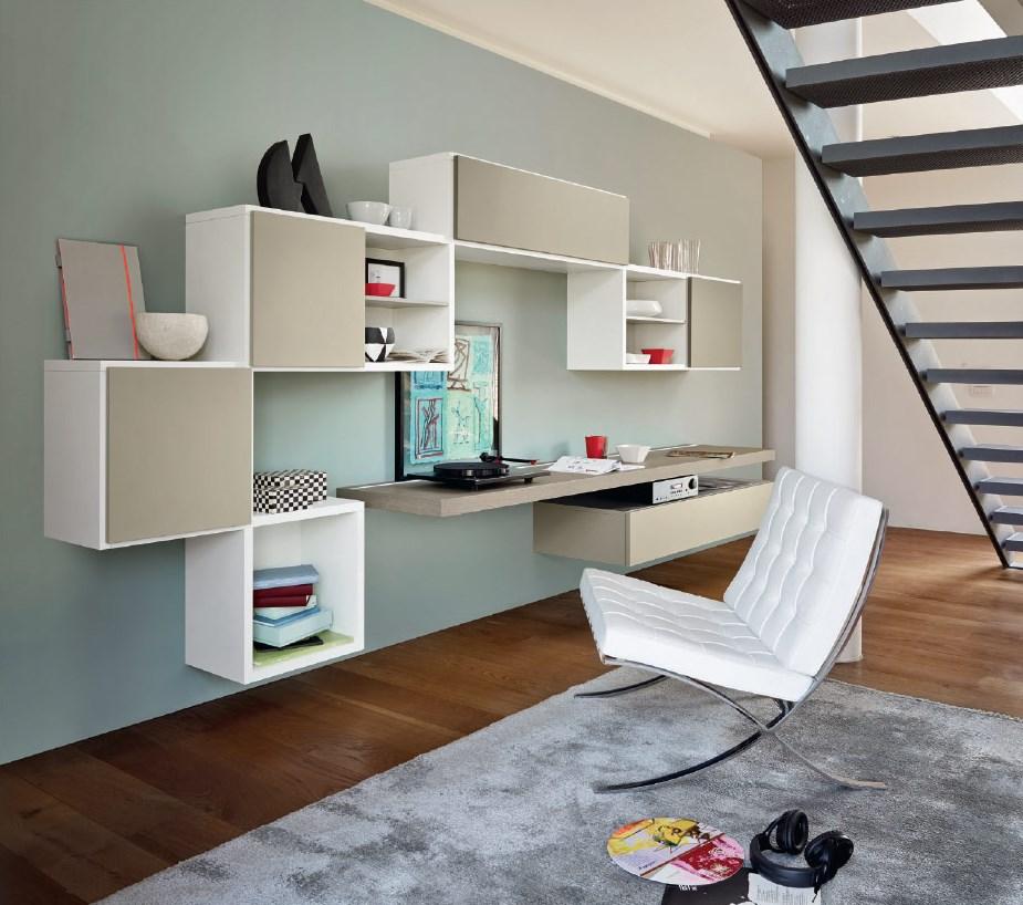 soggiorno con scrivania