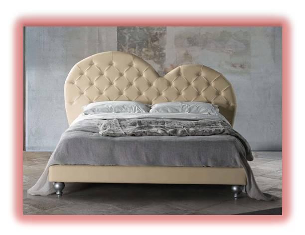Il letto a cuore per il giorno di San Valentino! Lo trovate solo ...