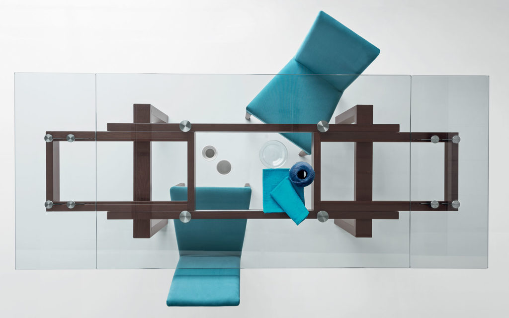 Tavolo Hyper; sedie Dolcevita Calligaris